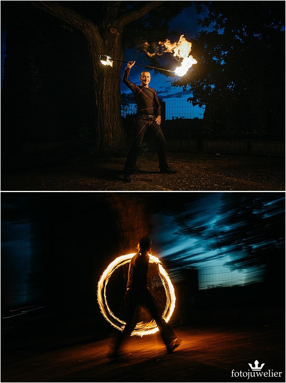 """Eventfotos vom Eventfotograf - Feuershow """"Der Lemmi"""" - Mann mit Fackelstab"""