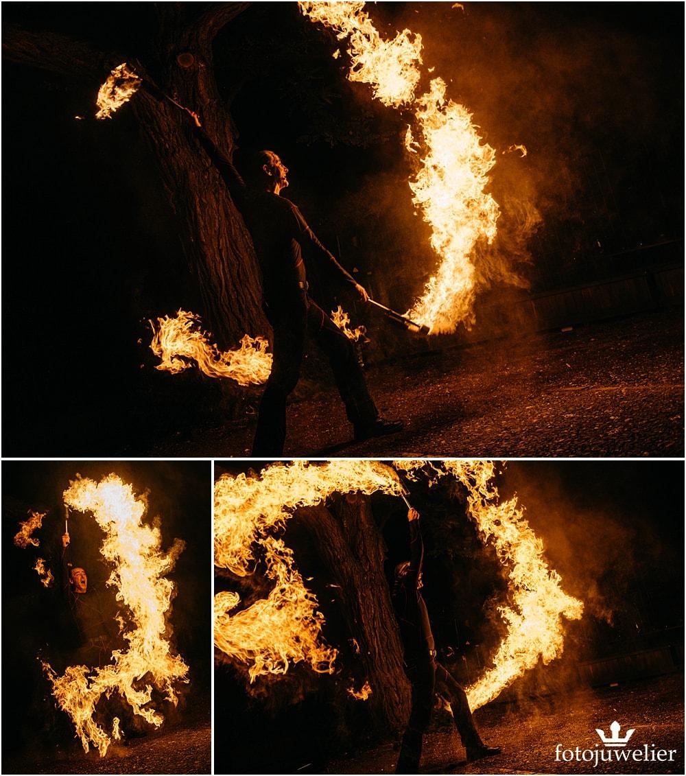"""Eventfotos vom Eventfotograf - Feuershow """"Der Lemmi"""" - Mann mit Fackeln"""