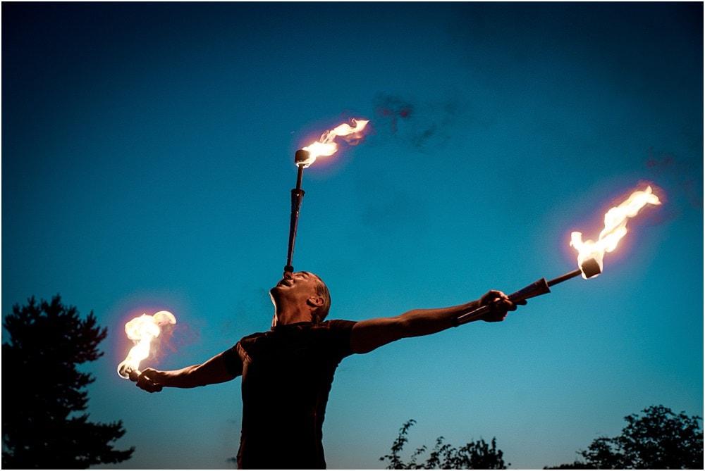 """Eventfotos vom Eventfotograf - Feuershow """"Der Lemmi"""" - Mann mit drei Fackeln"""